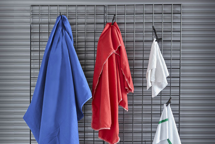 images of microfiber and regular towels